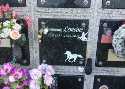 Plaques funéraires à Liège