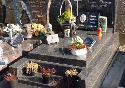 Gravure sur plaque funéraire Liège