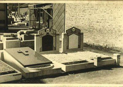 Monument funéraire vintage Liège